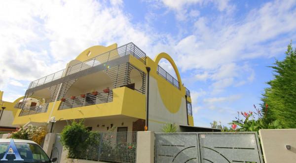 Villa in vendita a Taranto, San Vito, Con giardino, 195 mq - Foto 2