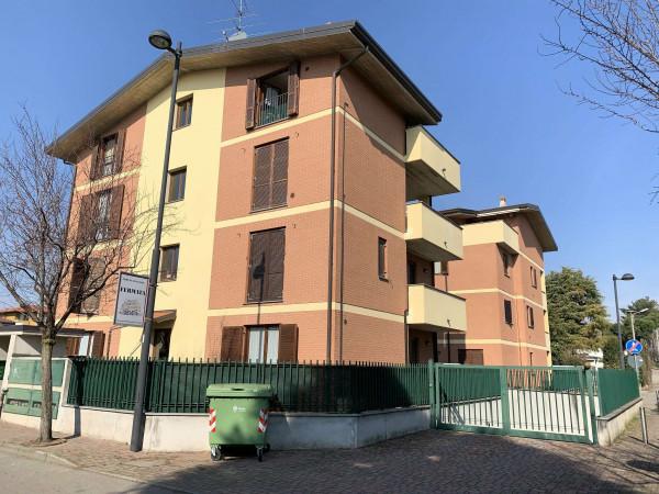 Appartamento in vendita a Cesate, Stazione, 57 mq