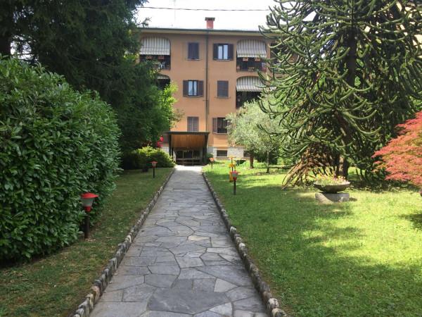 Appartamento in affitto a Gavirate, Centro, Con giardino, 95 mq