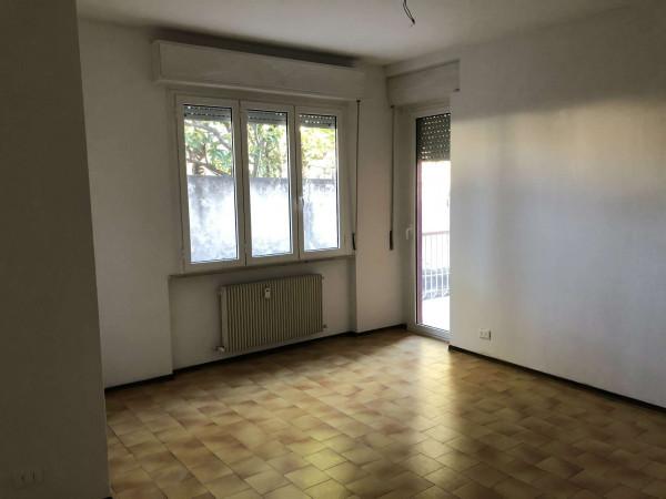 Appartamento in vendita a Cittiglio, Con giardino, 90 mq