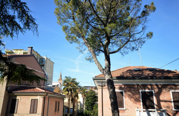 Ufficio in vendita a Forlì, Tribunale, 115 mq