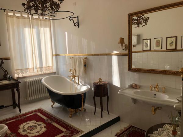 Villa in vendita a Assisi, Santa Maria Degli Angeli, 300 mq