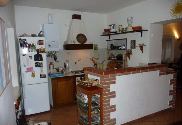 Appartamento in vendita a Torgiano, Brufa, 85 mq