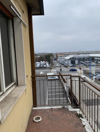 Trilocale in vendita a Brescia, Chiesanuova, 90 mq