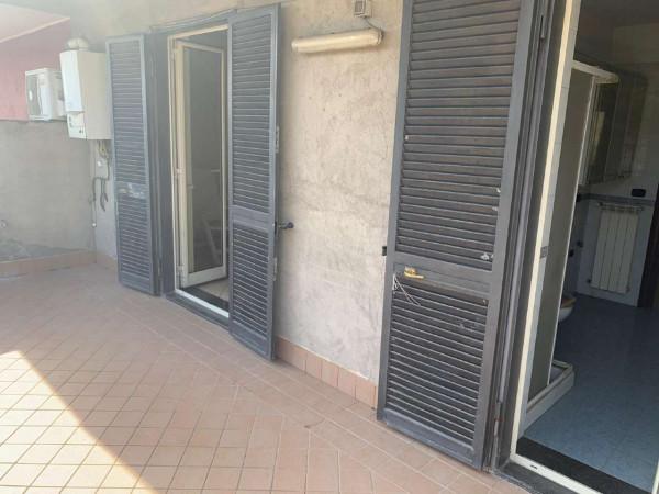 Appartamento in affitto a Sant'Anastasia, Romani, 90 mq