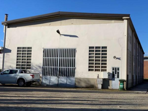 Capannone in affitto a Caselette, L, 550 mq