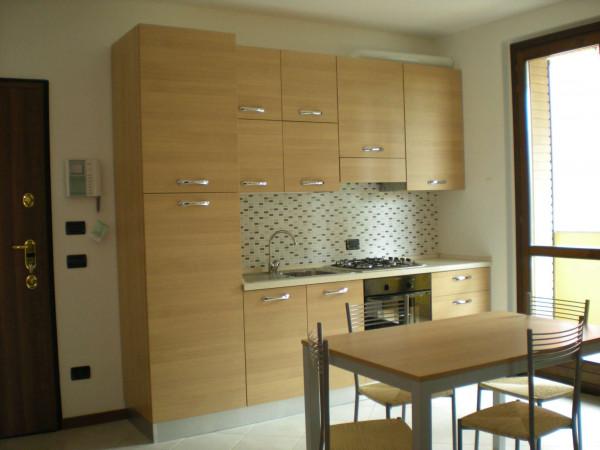 Appartamento in affitto a Cesate, Stazione, Arredato, 55 mq