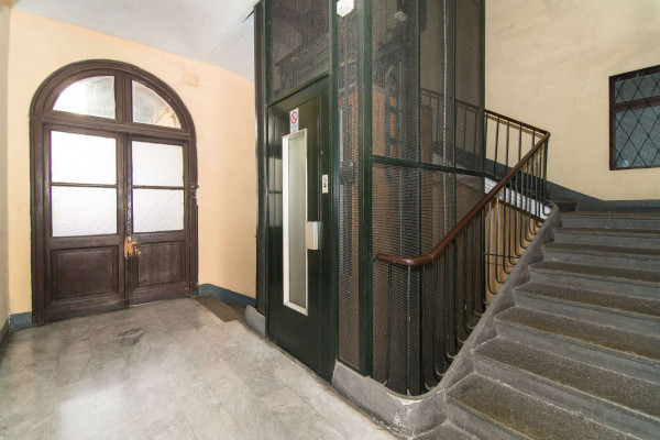 Appartamento in vendita a Torino, Centro, 80 mq - Foto 2