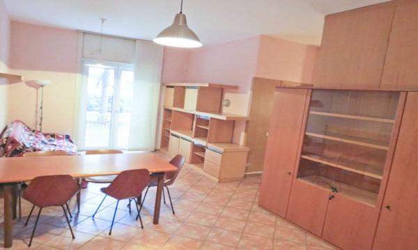 Appartamento in affitto a Milano, Famagosta, Arredato, 60 mq