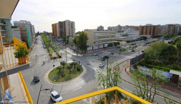 Appartamento in vendita a Taranto, Rione Italia, Montegranaro, 120 mq