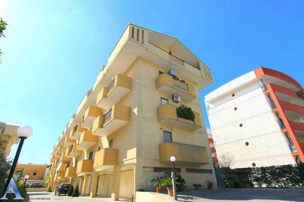 Appartamento in vendita a Taranto, Talsano, Con giardino, 114 mq