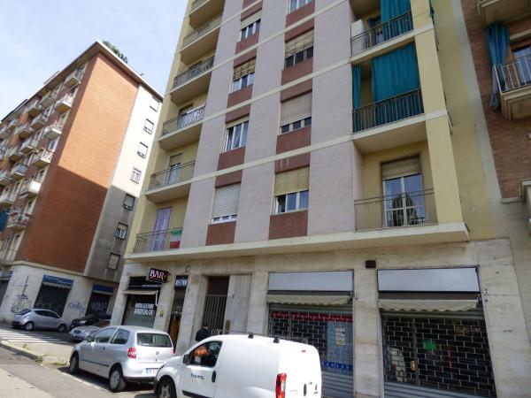 Appartamento in vendita a Torino, Con giardino, 73 mq