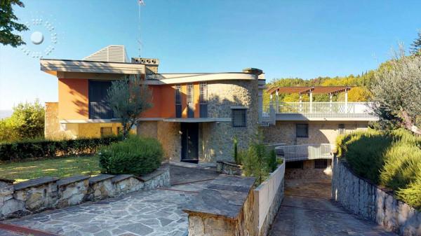 Villa in vendita a Firenze, 380 mq