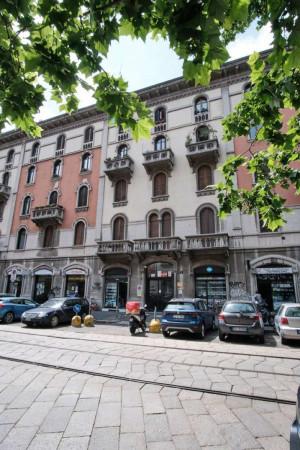 Appartamento in vendita a Milano, Caiazzo, 105 mq