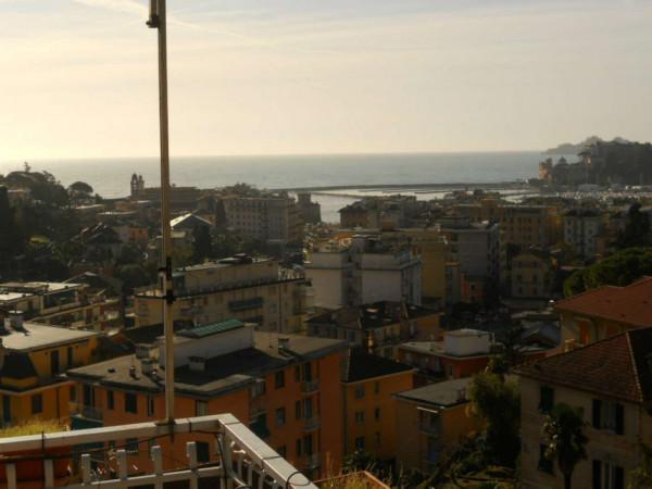Appartamento in vendita a Rapallo, Centro, 70 mq