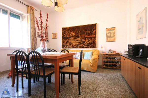 Appartamento in vendita a Taranto, Rione Italia, Montegranaro, 85 mq