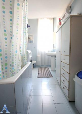 Appartamento in vendita a Taranto, Rione Italia, Montegranaro, 85 mq - Foto 12