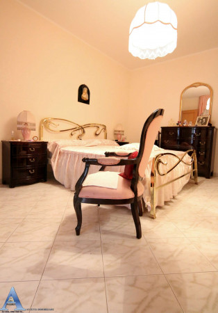 Appartamento in vendita a Taranto, Rione Laghi - Taranto 2, Con giardino, 114 mq - Foto 11