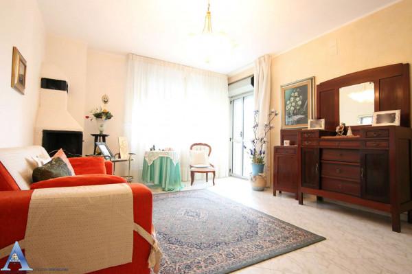 Appartamento in vendita a Taranto, Rione Laghi - Taranto 2, Con giardino, 114 mq - Foto 21