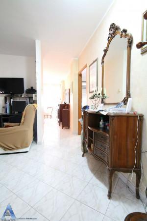 Appartamento in vendita a Taranto, Rione Laghi - Taranto 2, Con giardino, 114 mq - Foto 7