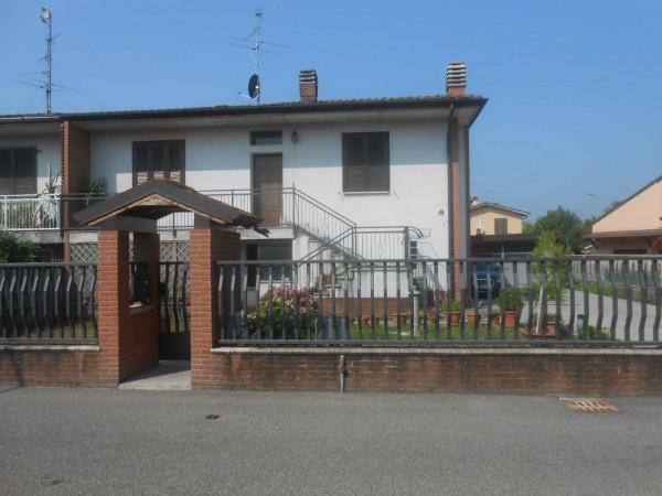Villa in vendita a Caselle Lurani, Residenziale, Con giardino, 180 mq - Foto 2