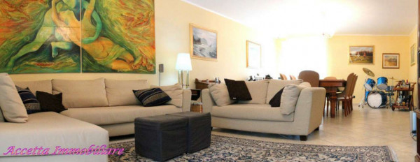 Appartamento in vendita a Taranto, Residenziale, Con giardino, 127 mq