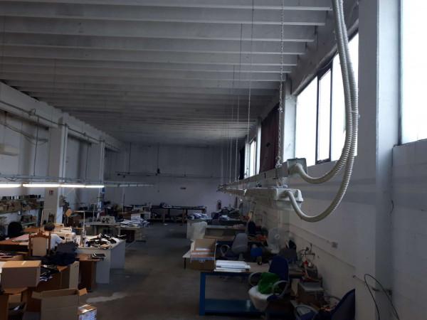 Capannone in vendita a Solaro, Elettrolux, 480 mq - Foto 7