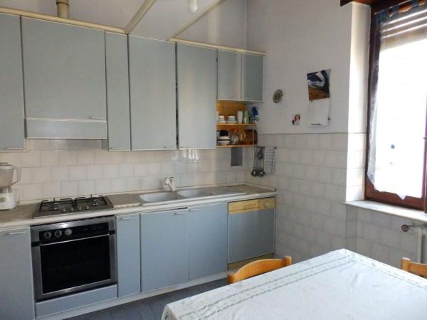 Casa indipendente in vendita a Seregno, Semicentrale, Con giardino, 440 mq - Foto 6
