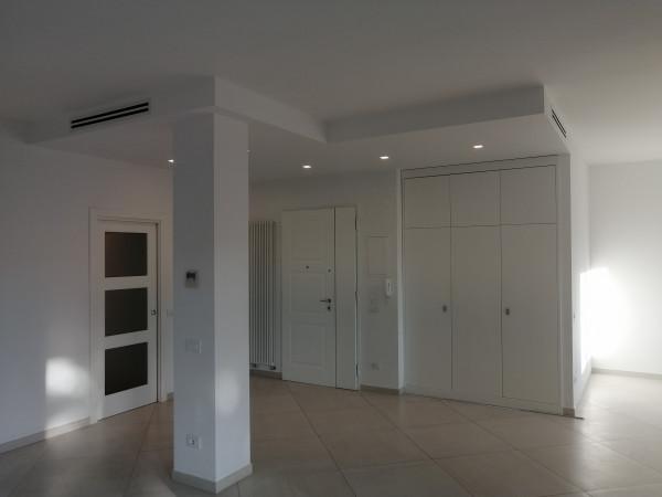 Appartamento in vendita a Lecce, Partigiani, 140 mq
