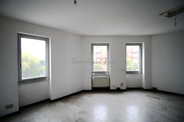 Appartamento in vendita a Milano, Romolo, Con giardino, 53 mq