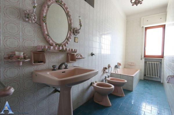 Appartamento in vendita a Taranto, Rione Italia, Montegranaro, 139 mq - Foto 9