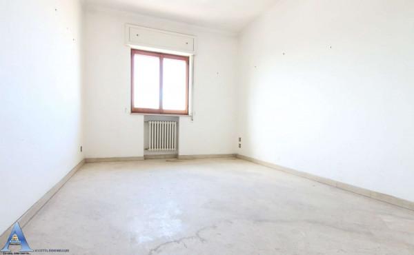 Appartamento in vendita a Taranto, Rione Italia, Montegranaro, 139 mq - Foto 12