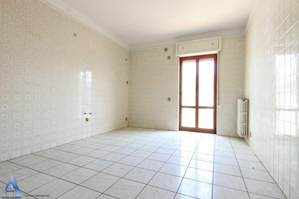 Appartamento in vendita a Taranto, Rione Italia, Montegranaro, 139 mq - Foto 16