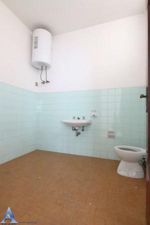 Appartamento in vendita a Taranto, Rione Italia, Montegranaro, 139 mq - Foto 8
