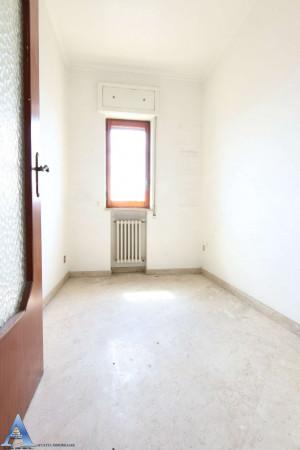 Appartamento in vendita a Taranto, Rione Italia, Montegranaro, 139 mq - Foto 7