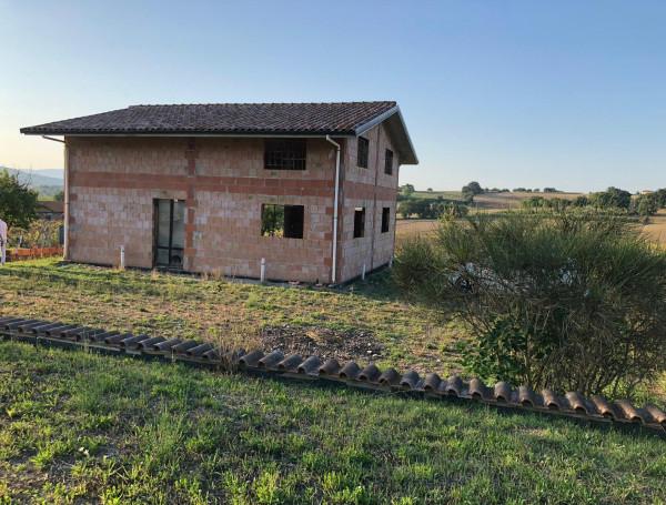 Locale Commerciale  in vendita a Marsciano, San Biagio Della Valle, Con giardino, 160 mq