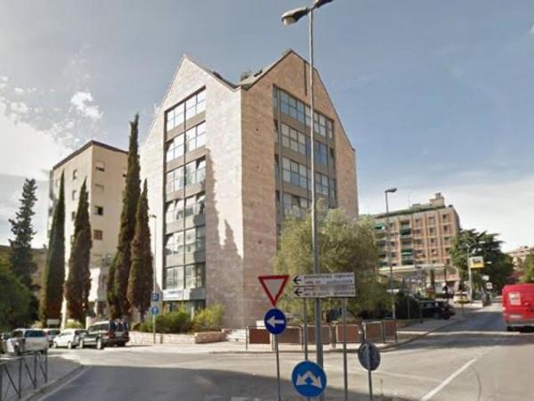Ufficio in vendita a Perugia, Stazione, 96 mq