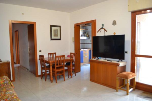 Appartamento in vendita a Roma, Acilia Monti Di San Paolo, Con giardino, 90 mq