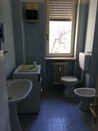 Appartamento in vendita a Cittiglio, Centrale, Con giardino, 80 mq - Foto 6