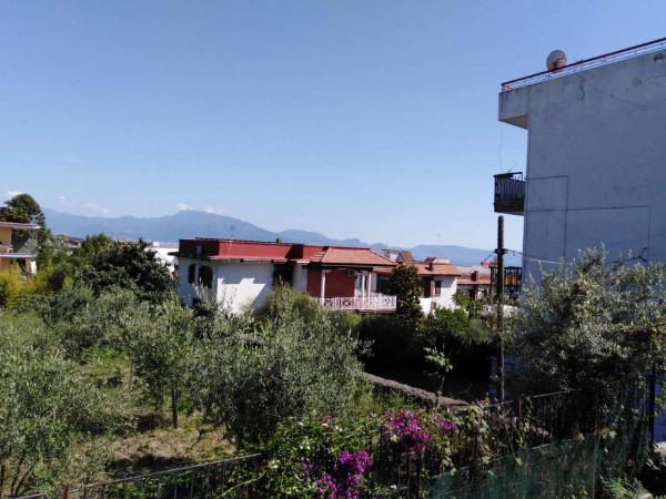 Appartamento in vendita a Torre del Greco, 150 mq