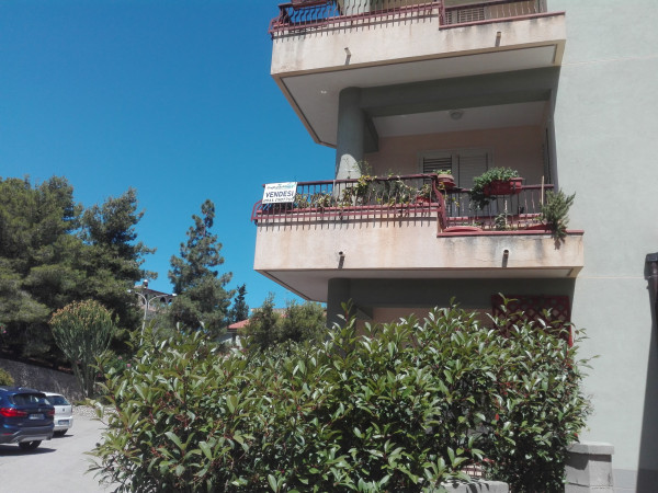 Appartamento in vendita a Sant'Agata di Militello, Semi-centrale, 140 mq