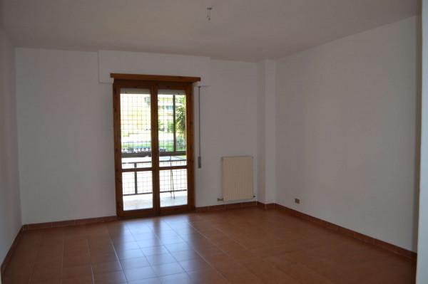 Appartamento in vendita a Roma, Dragoncello, Con giardino, 120 mq - Foto 1