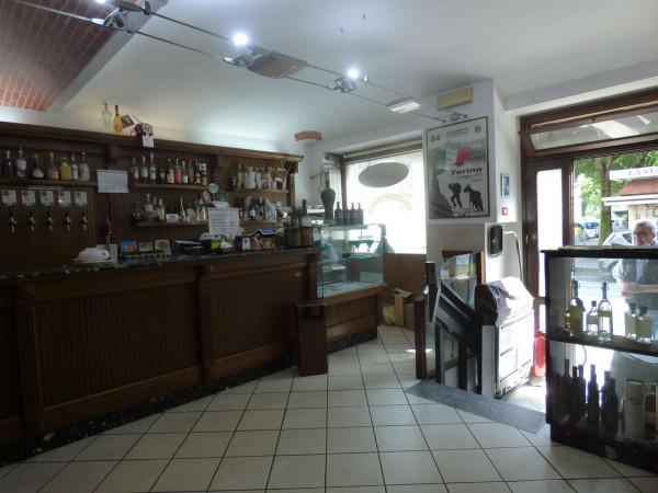 Locale Commerciale  in vendita a Torino, Via Lanzo, Arredato, 45 mq