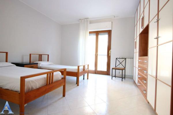 Appartamento in vendita a Taranto, Talsano, Con giardino, 115 mq - Foto 10