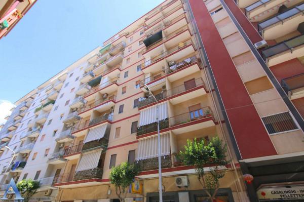 Appartamento in vendita a Taranto, Rione Italia, Montegranaro, 73 mq