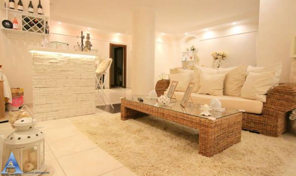 Appartamento in vendita a Taranto, Lama, Con giardino, 115 mq