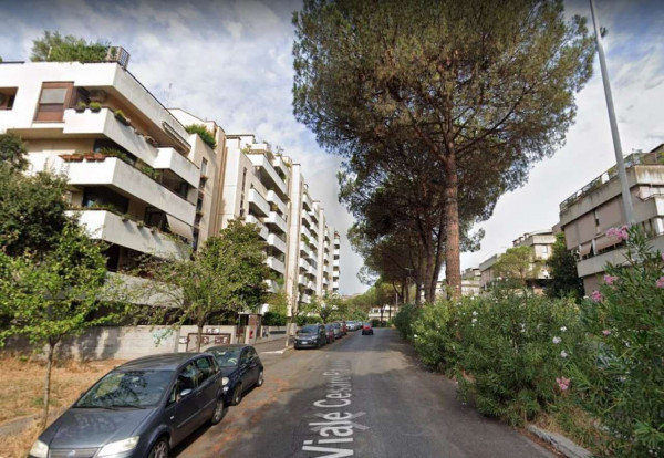 Appartamento in vendita a Roma, Cesare Pavese, 130 mq