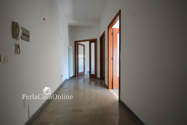 Appartamento in vendita a Forlì, Medaglie D'oro, 130 mq