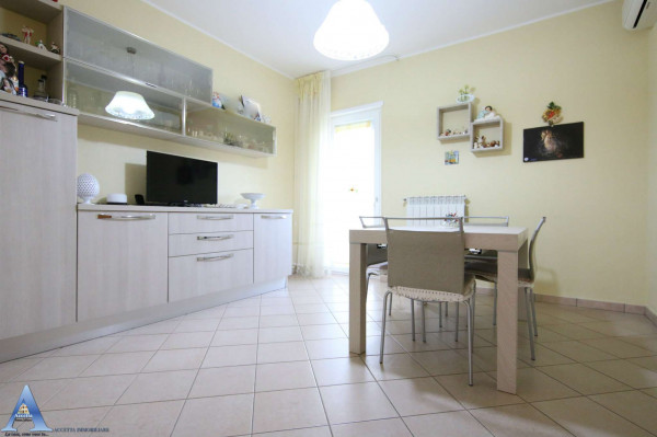 Appartamento in vendita a Monteiasi, Centrale, 110 mq - Foto 16