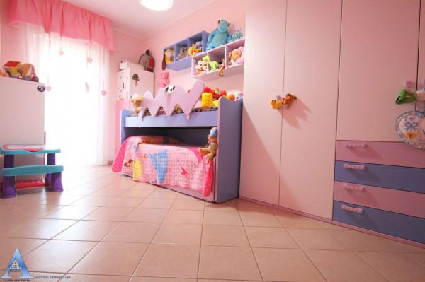 Appartamento in vendita a Monteiasi, Centrale, 110 mq - Foto 9